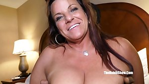 Super Heavy Bush-leaguer Mommy Interracial Sex