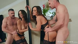 Charles Dera fucked busty slut Lisa Ann in the bathroom