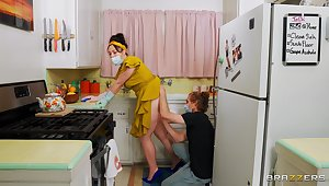 Big ass wife Siouxsie Q moans while having sex to the kitchen