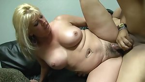 Plump blonde woman with tattoos and flimsy pussy likes to have hardcore sex with distinguishable guys