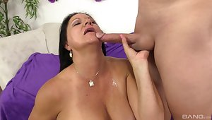 Mature slut Laylani Wood gets her leathery pussy filled upon