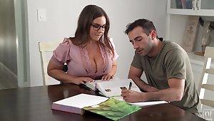 Its Hard To Stay Focus When You Got A Bosomy Trainer - Natasha Error-free